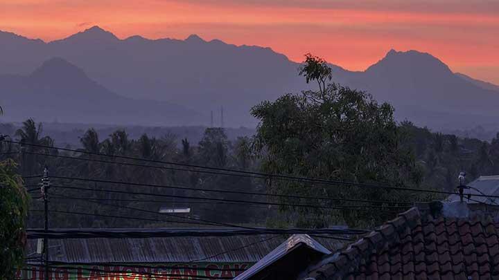 indonesian-locals